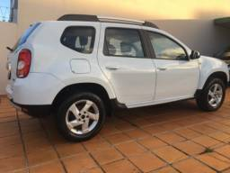 Duster 4x4 Dinamique 2.0 ano 2013