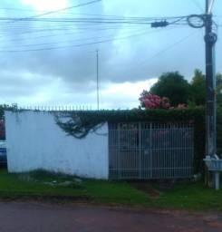 Casa para quem gosta de quintal arborizado