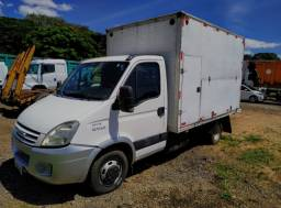 Iveco Daily 55C16 ano 2012 no chassis, em SP