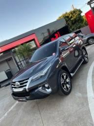 Título do anúncio: Toyota Sw4 SRX 2017  7 lugares