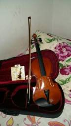 Violino (usado poucas vezes)