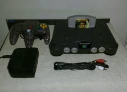 Nintendo 64 edição Atomoic Purple