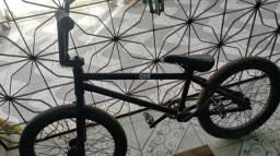BMX Absolut (Profissional)