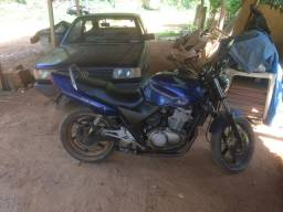 Moto vendo ou troco por carro - 2002