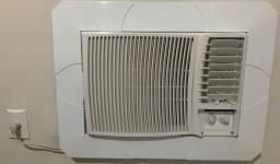 Ar condicionado de janela 12.000 btus