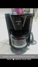 Vendo CAFETEIRA semi nova !!
