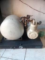 Compressor Dabi 136 odontológico