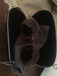 Óculos importado. Novo hoje leva por 150