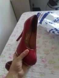 Vendo sapato em excelente estado