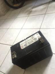 Bateria Mercedes 100 amperes