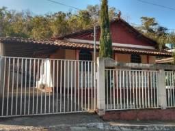 Casa à venda, 2 quartos, 3 vagas, Centro - Cachoeira da Prata/MG