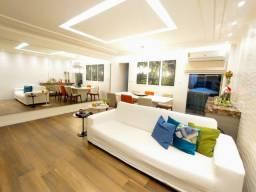 Casa com 3 Pavimentos, 4 Quartos, Alameda Fechado, no Marco (aceita financiamento)