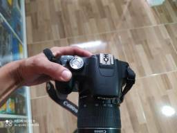 Camera canom