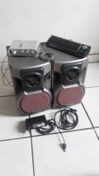 Caixas de som com mini amplificador