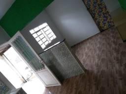 Casa 3 cômodos JD María Antônia - Sumaré