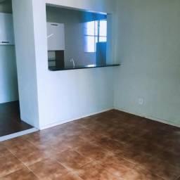 Aluga-se Apartamento no condomínio Residencial Parque Ayapuá Em Frente ao DB Ponta Negra
