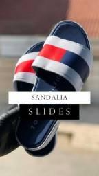 Sandálias slides