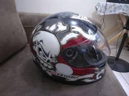 Só 200 reais capacete norisk Ff311 Koi série bad bone, lindo e resistente