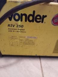 Máquina de Solda Inversora Digital RIV 250 220V VONDER<br><br>