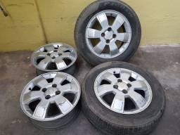 Vendo Jogo Rodas Linha GM Chevrolet Montana aro 15 com 2 pneus