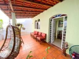 Título do anúncio: Casa à venda com 5 dormitórios em Glória, Belo horizonte cod:IBH2166