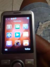 Título do anúncio: Vendo celular Red celular com lanterna e radio cem fio
