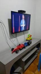 "Título do anúncio: Tv 50""Toshiba LED (vendo)"