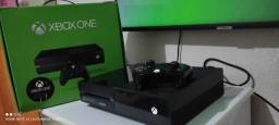 Título do anúncio: Xbox one fat 500 GB na caixa