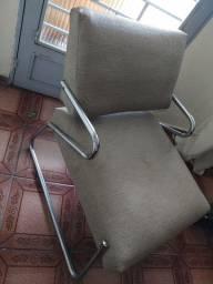 Título do anúncio: 2 cadeiras iguais