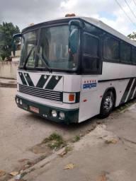 Ônibus O371 ano 85 com banheiro