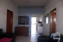 Título do anúncio: Casa à venda com 4 dormitórios em Eldorado, Contagem cod:374213