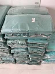 Sacolas recicláveis e sacolas milheiro
