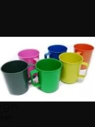 Título do anúncio: Kit 6 Canecas /copo Escolar - Plastico 300ml