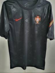 Título do anúncio: Camisa de time original - Portugal