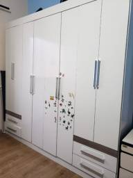 Guarda-roupas 8 portas