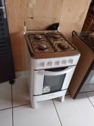 Título do anúncio: Vendo fogão 60 reais tem desentupir boca forno não para ligado