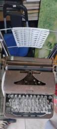 Título do anúncio: Máquina de escrever para decorar a sua casa ou loja