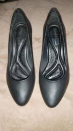 Vendo scarpin tamanho 34