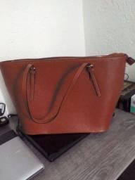 Título do anúncio: Desapega bolsa (Feminina)25.00