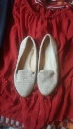 Título do anúncio: Doa se sapato feminino 39 doação