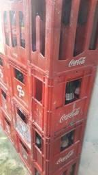 Título do anúncio: Vendo grade de cerveja e coca cola de 2l e de 1l