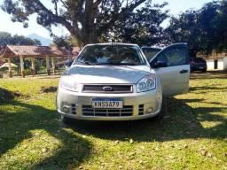 Fiesta 1.0 08/08 semi-novo só 50000 km - 2008