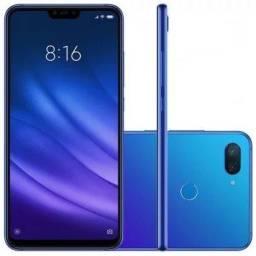 Vendo Celular Xiaomi na cor azul florescente