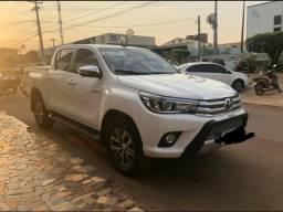 Toyota hilux em perfeito estado - 2017