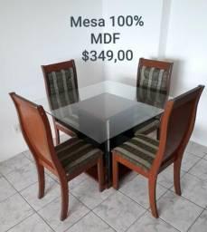 Vendo uma mesa , painel, berço