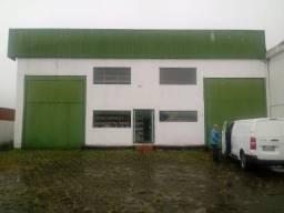 Galpão para venda possui 1600 metros quadrados em Distrito Industrial - São José - SC
