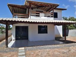 Casa Nova em Jacuípe, condomínio fechado, 5 quartos (4 suítes).