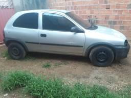 Corsa Hatch - 2000
