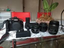 Kit Canon T3 + Lentes + Grip + Bolsa