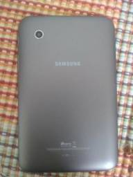 Vendo um tablet da Samsung com o carregador